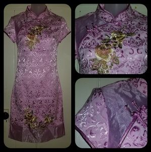 Vintage Embroidered Cheongsam Asian Dress